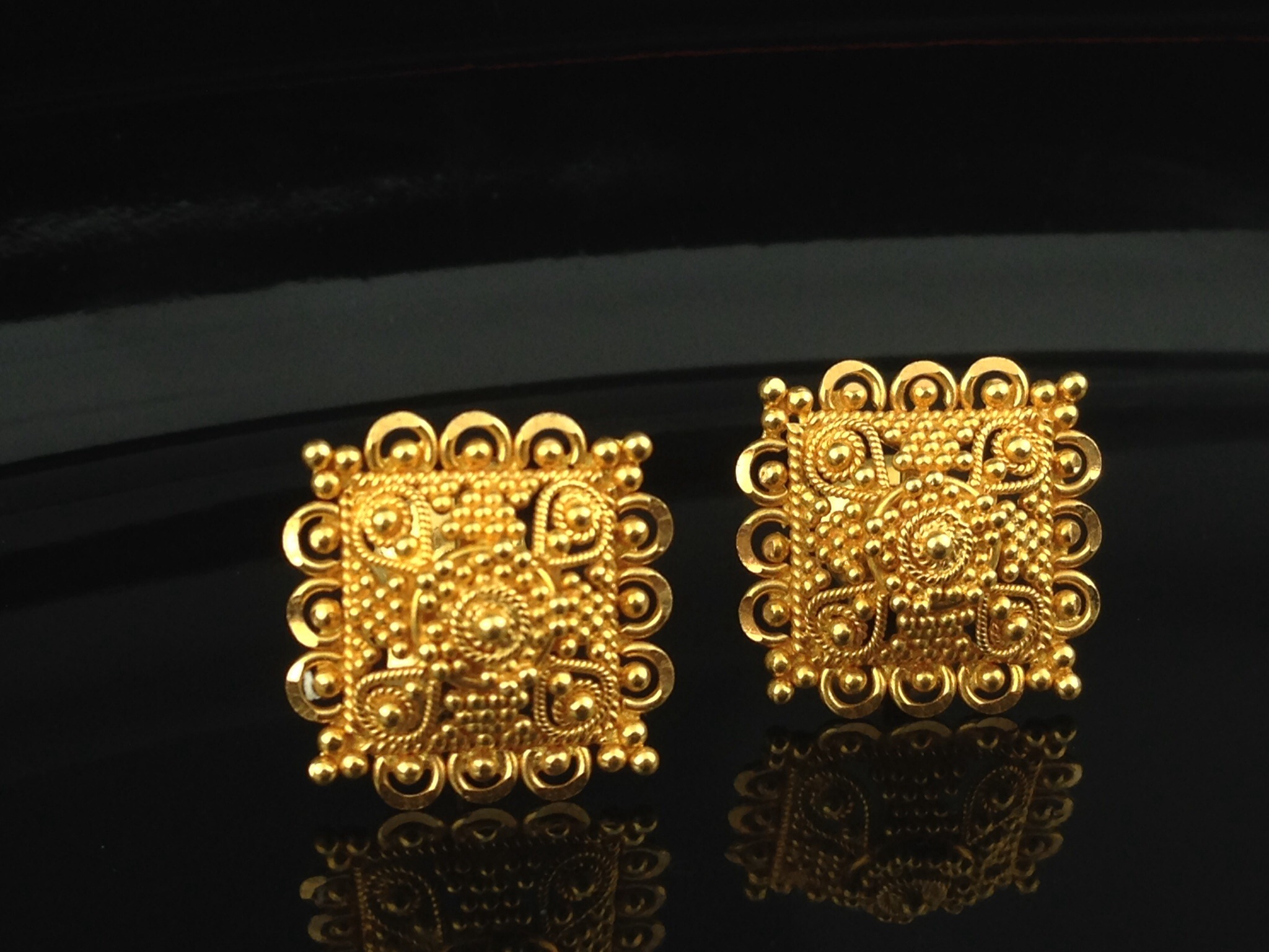 22k Gold Stud Earrings 45 Grams Indian Kundan Islamic and Gold