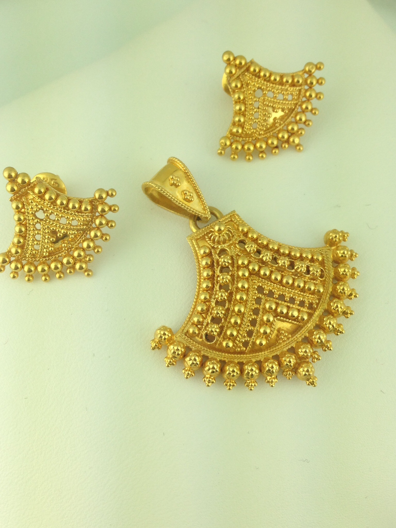 22k Gold Pendant Set 12 7 Grams Indian Kundan Ic And Jewelry In Atlanta Online